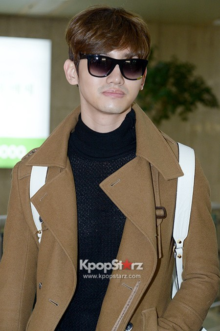 tvxq-max-changmin-airport-4