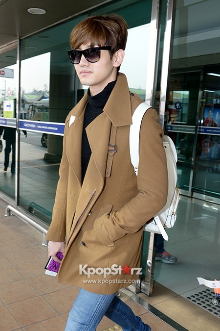 tvxq-max-changmin-airport-7