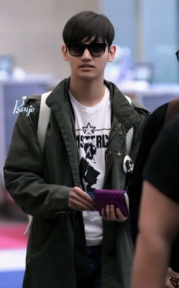 TVXQ_Heading_to_thailand_24