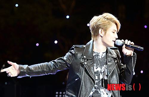 131027_jaejoong_bluehouse_3