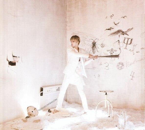 JAEJOONG's 'WWW' Album_24